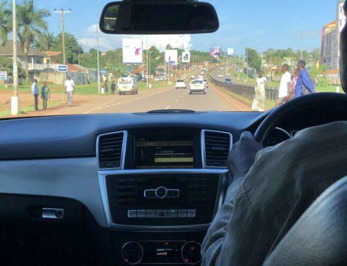 Autofahrt von Entebbe nach Kampala