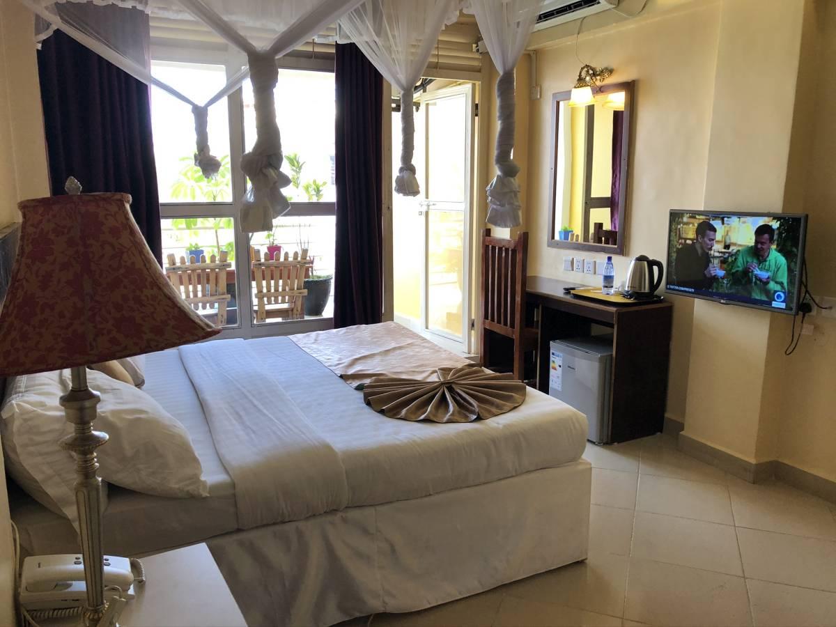 Pulickal Airport Hotel Entebbe double room
