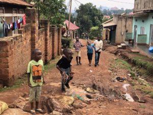 Kinder in Uganda in Kazo Kawempe