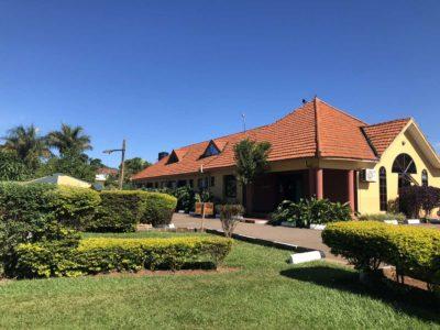 Peniel Beach Hotel Entebbe Hauptgebäude