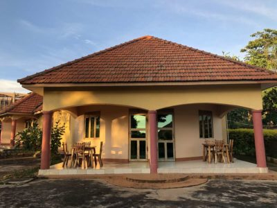 Peniel Beach Hotel Entebbe Hotelzimmer