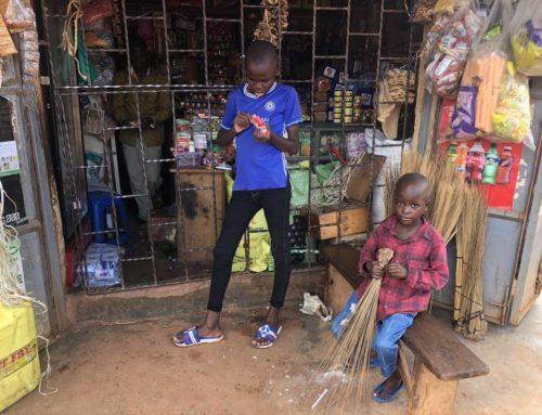 Uganda erhält über 580.000 COVID-19 Impfdosen aus Norwegen und China