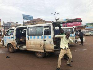 Taxi Bus Jinja - Kampala